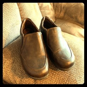 B.O.C. Slip on comfort shoe size 9W